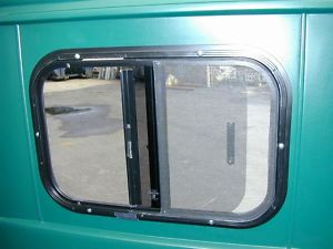 PolyJohn Sliding Window w/Screen - PC000450